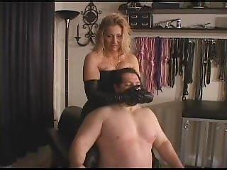 Black Gloves Smother