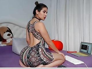 Sexy Latin Freak Cummin Uncontrollably
