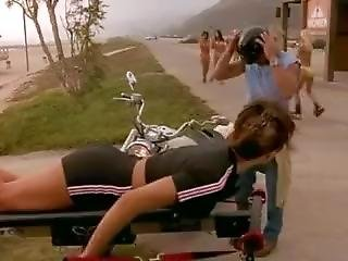 Carmen Electra Workout - Baywatch S08e14 - Surf City