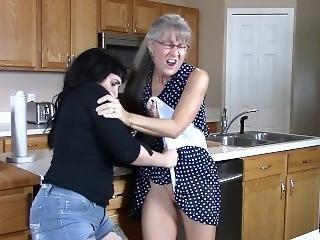 lift leszbikus pornónagy kakas fecskék