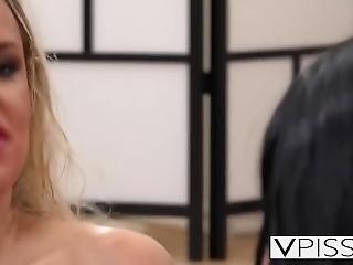 Horny Blonde Gets Fingered Until She Pisses