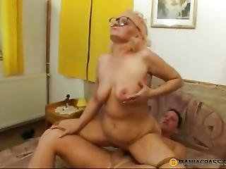 Aunt With Curly Hair Does Blowjob
