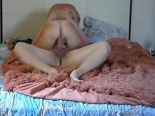 Beautiful Juicy Sexy Blonde With A Beautiful Ass 1