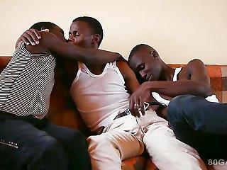 africain, black, suçage de bite, sperme, bite, nique, sexe en groupe, sexe, cracher, suce, trio