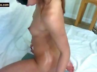 Huge Dildo Webcam Fuck