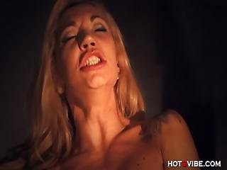 Stunning Mature Milf Squirts Multiple Times