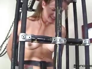 Bondage715216