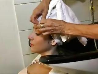 Twins Wash Hair In A Salon