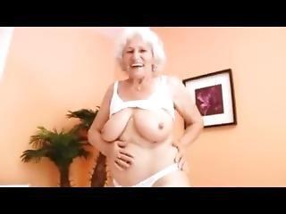 Babcia, Masturbacja, Solo