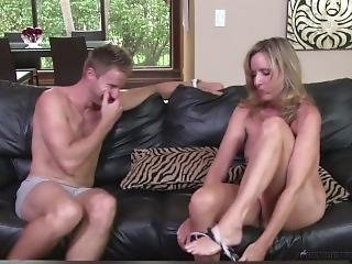 Jodi West Fuck Stepson Levi Cash After Losing Bet During Family Game Night!