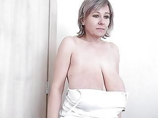 Huge Big Hanging Mature Bbw Tits 24