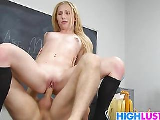 Sofie Carter Gets Special Tuition