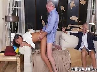 Old Ugly Man Fuck Young Girl And White Step Daddy Going South Of The