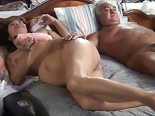 Old Bear Fucking His Wife