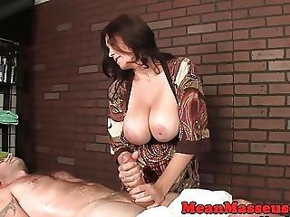 gros sein, seins, femdom, branlette, massage, milf, orgasme