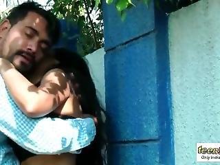 Desi Indian Girl Romance In The Outdoor Jungle - Teen99 - Indian Short Film