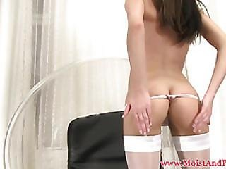 Pissing Fetish Babe Shows Pussy Off