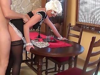 Amateur, Blonde, Crème, Serrée, Hardcore, Femme De Ménage, Sexy, Baise Sur Table, Ados
