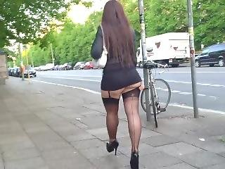 Mature Has A So Huge Ass & Her Skirt Is So Short We Can See Her Thong !