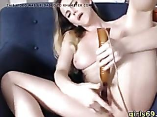 Lovely Babe Having Fun With Her Vibrator