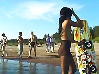 Candid Nude Nudist Teenager Butt On The Public Beach