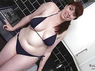Kiki Oils Her Big Tits