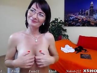 Cougar Horny Milf Orgasm On Cam Show