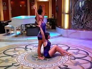 Teen Yoga Overhead Lift And Carry