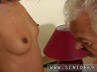 Pornstar Blowjob Contest Xxx But The Chick Is Highly Forgiving...