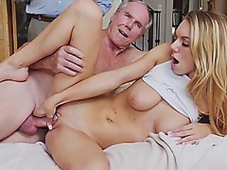 Horny Hottie Chick Molly Mae Loves A Big Hard Cock