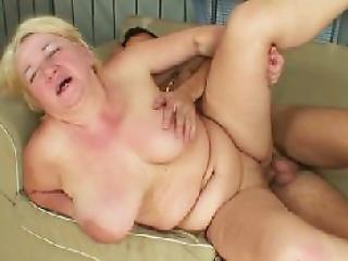 bedstemor fisse sex tvang