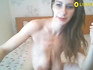 Kinky Neighbor With Saggy Tits Is Not Shy To Do Naughty Things On Cam