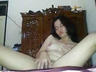 Indonesian Manado Schoolgirl Masturbating 03