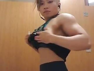 Thick Asian Fbb Posing 01 (mini Clip)