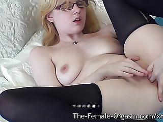Bionda, Studentessa, Con Le Dita, Lingerie, Masturbazione, Belle Tette, Orgasmo, Strofinata, Softcore