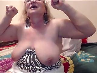 Kit Kat Granny Shows Her Biceps And Floppy Tits