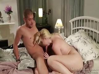 røv, stor røv, numse, cock sutning, sædshot, sød, tissemand, doggystyle, boret, mor, fisse, barberet, små bryster, sutter