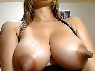 Toigraice very beautiful lactating webcam model 5