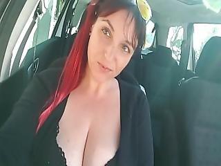 Eva Lick Caliente