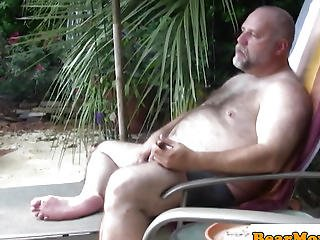 Outdoor Polarbear Cocksucked Until Cumming