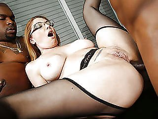Busty Cougar Kiki Daire Gets Dp D By Bbcs