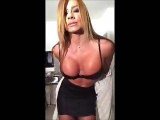 El Mejor Regalo De Esperanza Gomez - Sex