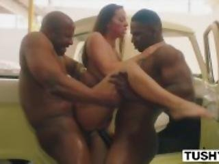 anal, kunst, stor cock, blowjob, bil, cowgirl, deepthroat, dobbel penetration, fake bryster, slik, penetration, sex, sky, trekant, vaginal