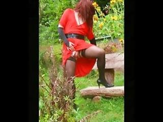 In Red Dress Outdoor Dia Show