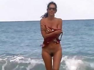 Marya Naked Girl On The Beach