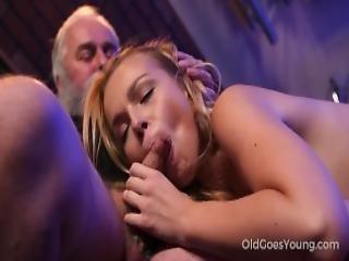 Experienced Man Pleases A Hot Smoking Barman