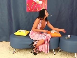 Smoking Olencia