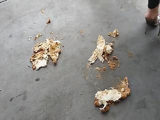 Melania Crushing Burriots