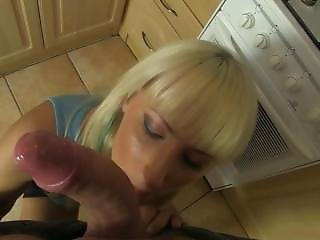 Homemade Fucking With Hot Couple At Kitchen