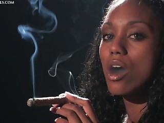 Boazuda, Cigarro, ébano, Fumar